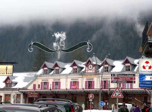 Clouds hanging over the Chamonix train station