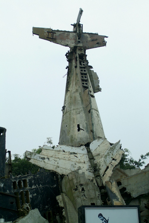 Sculpture from B52 remains at Hanoi Military History Museum