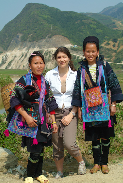 Aude with two Hmong girls in Vietnam
